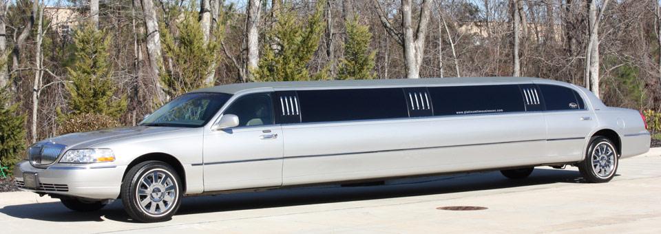 platinum limos lincoln town car limousine